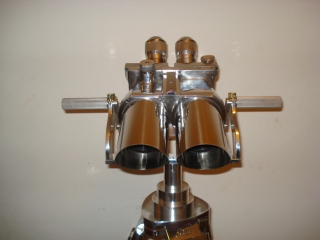 Binoculars  10x80 world war II on Stand. Superb quality REF: P10x80C
